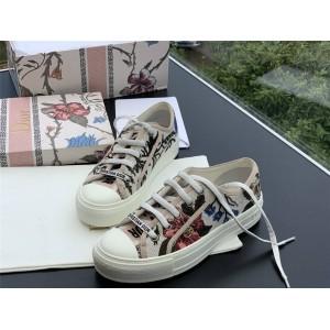 DIOR迪奥官网法国奢侈品牌女士520限定刺绣花朵WALK'N'DIOR 运动鞋板鞋KCK211