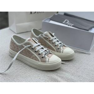 迪奥中文官网代购女士粉老虎刺绣帆布WALK'N'DIOR 运动鞋