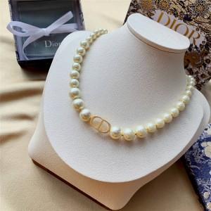 dior产品迪奥官网30 MONTAIGNE珍珠短项链N1116MTGRS_D301