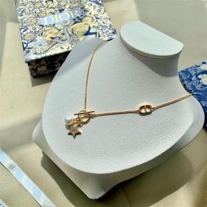DIOR迪奥官网日本代购正品镶钻五角星星珍珠PETIT CD 项链N1203