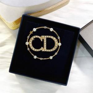 DIOR官网迪奥香港代购网CD珍珠CLAIR D LUNE 胸针V0412