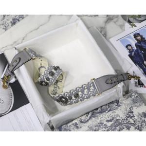 DIOR迪奥专柜价格表奢侈品购物网站灰色Oblique 图案刺绣肩带S8520