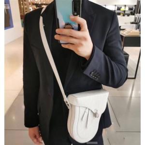 dior正品查询迪奥全球奢侈品男包白色压花真皮BOXY 信使包1BXPO161