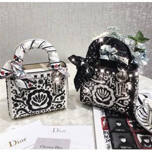 Dior/迪奥代购官网女包新款LADY DIOR刺绣袖珍手提包戴妃包M0598