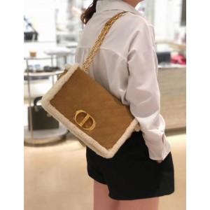 DIOR官网迪奥法国奢侈品牌新款30 MONTAIGNE羊皮毛一体手袋蒙田包