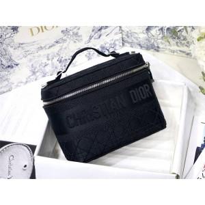 迪奥中文官网原单黑色帆布印花DIORTRAVEL手袋大号化妆包S5417