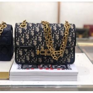 Dior/迪奥中国官网女包新款帆布CD扣DIORADDICT翻盖链条包