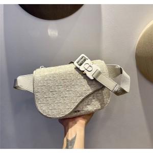 dior官方网站迪奥代购灰白色Oblique 印花马鞍腰包1ADPO223
